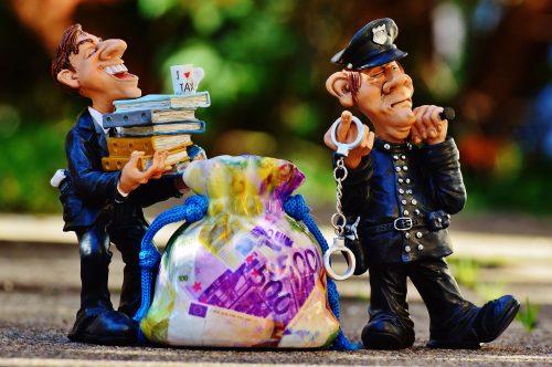 police-impôts-français